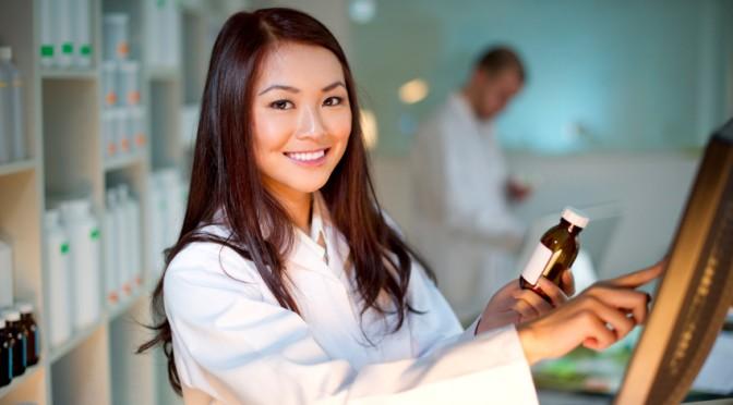 female-pharmacist-computer.jpg